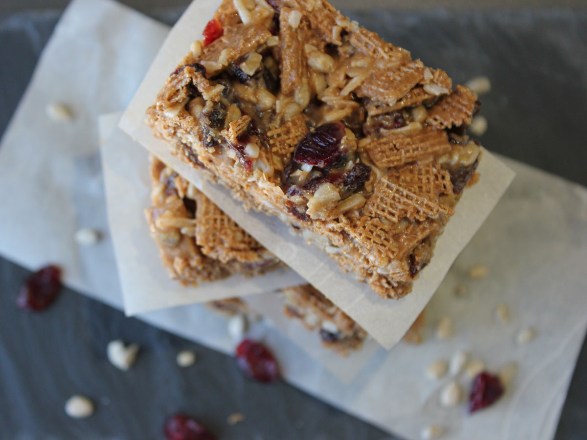 Sticky No Bake Cereal Bars