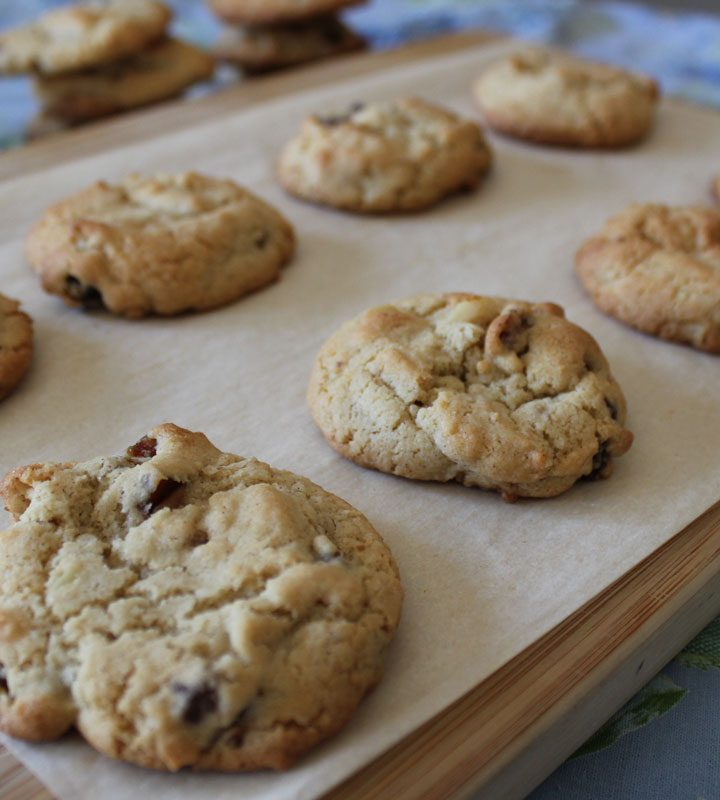 Nutty Date Cookies