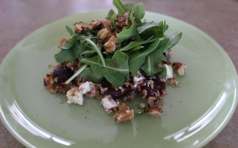 Bulgur Salad with Arugula & Grapes