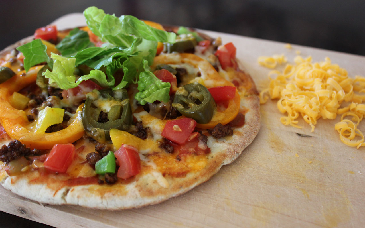Taco & Pepper Pita Pizza