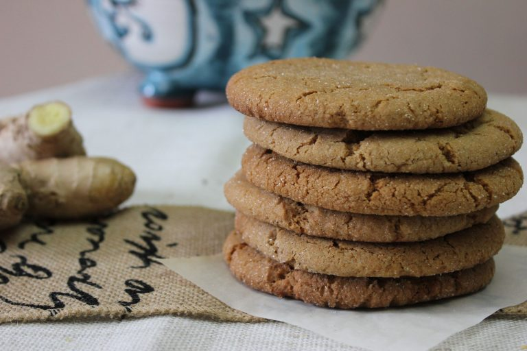 Aromatic Five Spice Ginger Cookies