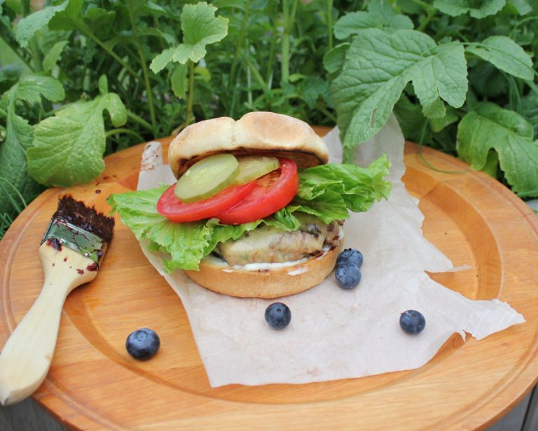 Blueberry Turkey Burgers