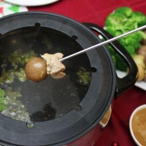 pork fondue lemongrass