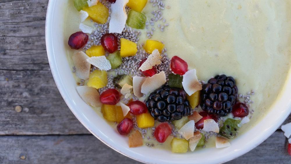 Tropical Salsa Smoothie Bowl