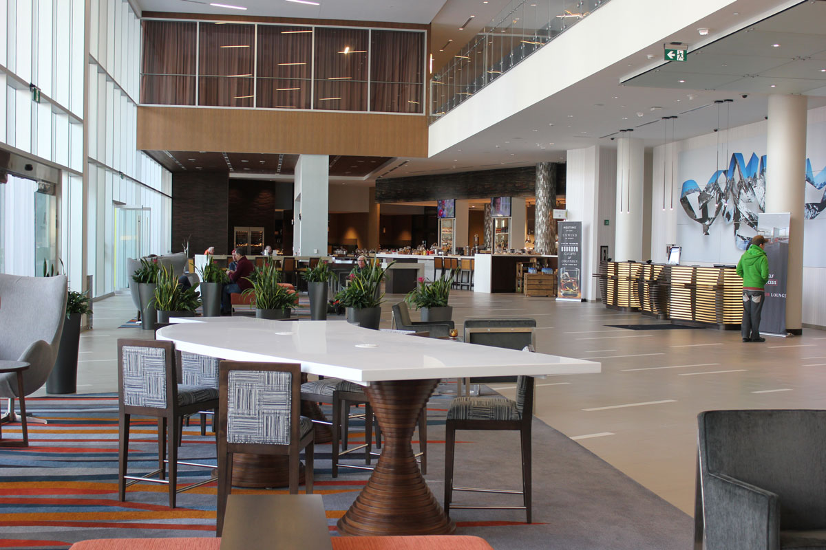 The lobby, check in and Yakima