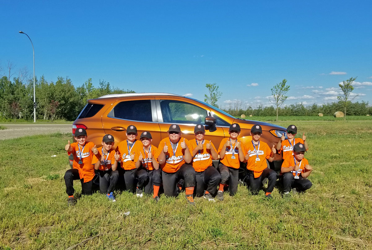 Ford Ecosport & Orange Crush Fastpitch Team